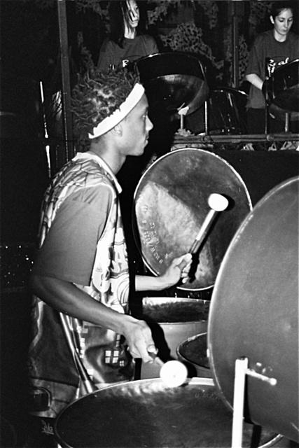 Cyril Babeu - 9 Bass